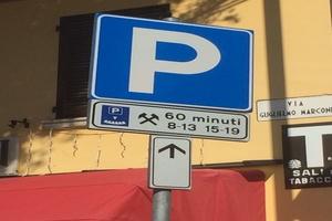 Parcheggi a costo ridotto per le famiglie residenti